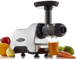 Omega CNC80 Travel Juicer Makes Fresh Juice