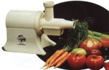 Champion Household WHITE Juicer